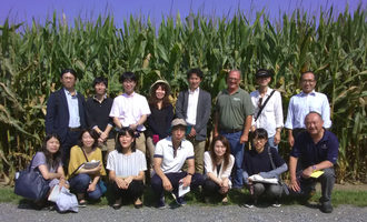 Usgc_japanese-biotech-team-at-chipsfarm_photo-cred-usgc_e