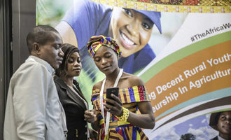 Africa-youth-in-agriculture