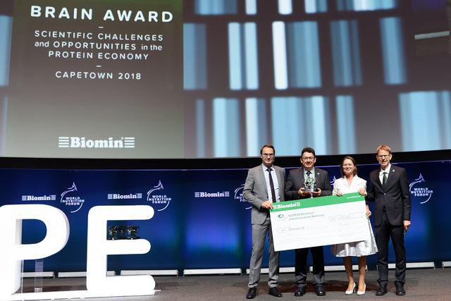 Biomin_brain-award_photo-cred-biomin