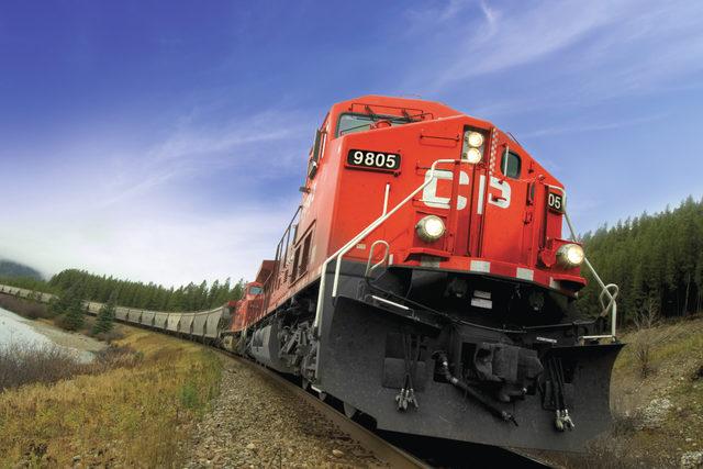 Cp_train-locomotive_photo-cred-cp_e