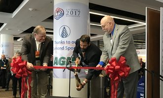 Geaps-2017_ribbon-cutting_photo-by-susan-reidy