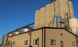 Bunge-jv-egt-llc_-grain-facility-in-sidney-montana_photo-cred-bunge-north-america