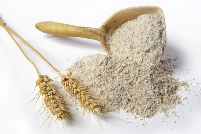 Flour_adobestock_169806265_e