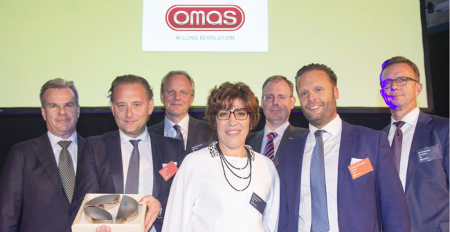 Omas Steel Division received the Supplier Excellence award