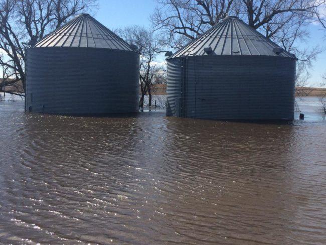 flooded grain bin