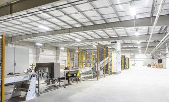 Adm_feed-facility-quincy-illinois-interior_photo-cred-sk-photography_e
