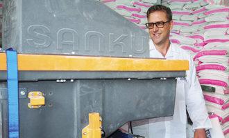 Pink-flour-bag-impriving-million-of-african-lives_e