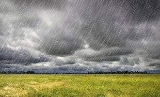 Rain_heavy-rain-over-a-prairie-in-brittany-france_photo-cred-adobe-stock-45729797_e