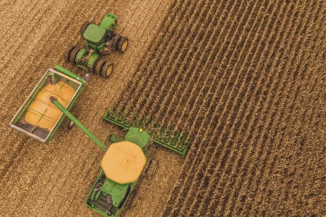 Bayer_corn-harvest_photo-cred-bayer_e