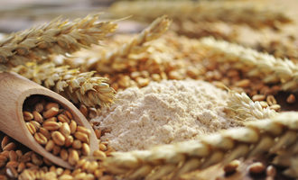 Flour_adobestock_35274452_e