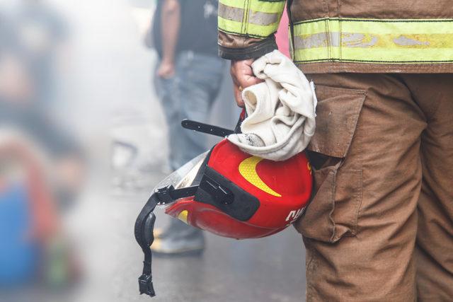 Firefighter_photo-cred-adobestock_e