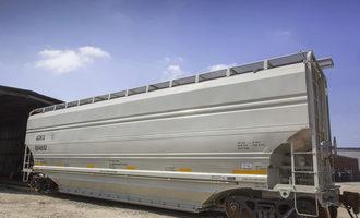 Greenbrier-companies_covered-grain-hopper-rail-car_photo-cred-greenbrier_e