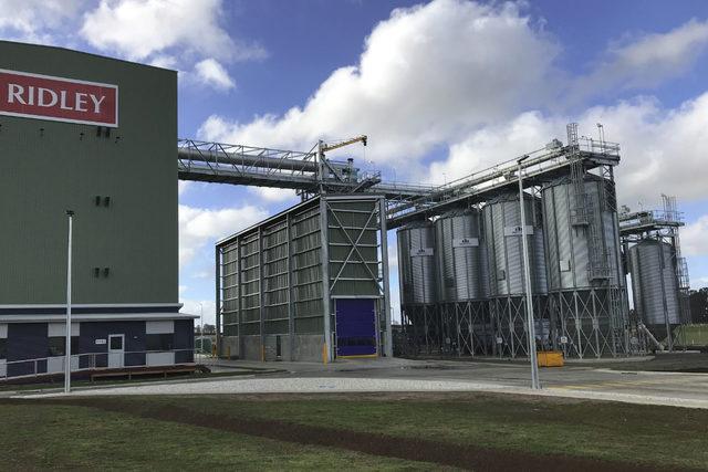 Symaga_symaga-customer-lgpm-supplied-34-hopper-silos-for-the-ridley-feed-plant_symaga_e