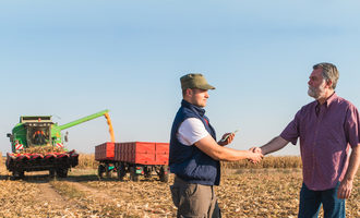 Farmersagreement_photo-cred-adobe-stock_e