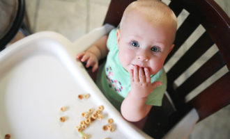 Babyeatingcereal photo cred adobe stock e