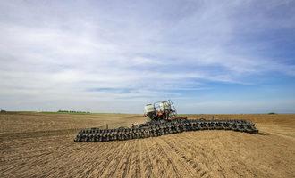 Agco_grain-harvest-field_photo-cred-agco_e