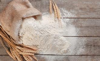 Flourbagspill photo cred adobe stock e