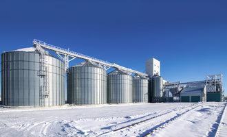 El grano capitalizes on location advantages for expansion silo e june