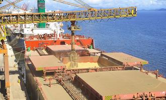 Port of paranagua grain ship loading photo cred port of paranagua and ivan bueno e