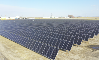Agco gsi solar project located on eight acres adjacent to agco site in assumption illinois us photo cred agco e