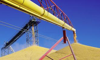 Grain bin unloading adobestock 46459560 e