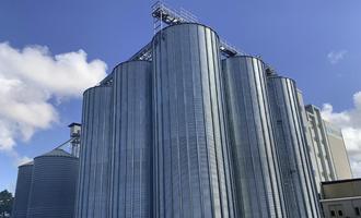 Mulmix five silos ci 830 19 8 with a total capacity 3955 tonne photo cred mulmix e