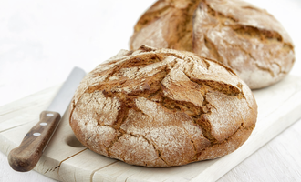 Baking with rye flour in russia rye bread photo cred muhlenchemie feb e