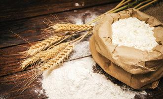 Flour adobestock 107376106 e