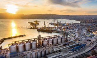 Delo group grain terminal  in azov black sea basin photo courtesy of delo