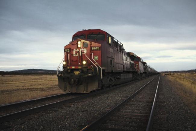 Canadian-Pacific_Train_E.jpg